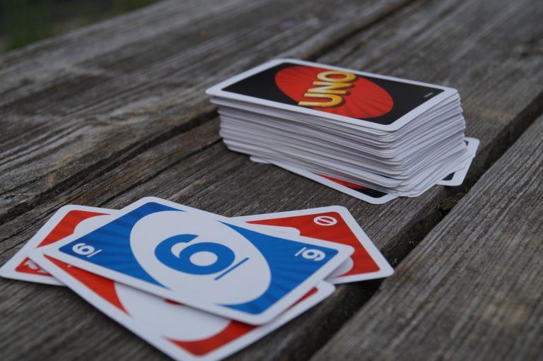 Zabavne društvene igre za vikende kod kuće